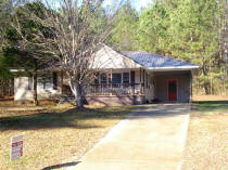New listing, Lineville address... Call Wayne at Lake Wedowee Real Estate 256-357-2050, 678-361-5362