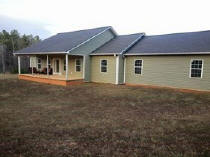 RES718 – NEW LISTING! Call Tammy Sanders, Lake Wedowee Real Estate, www.sellingwedowee.com